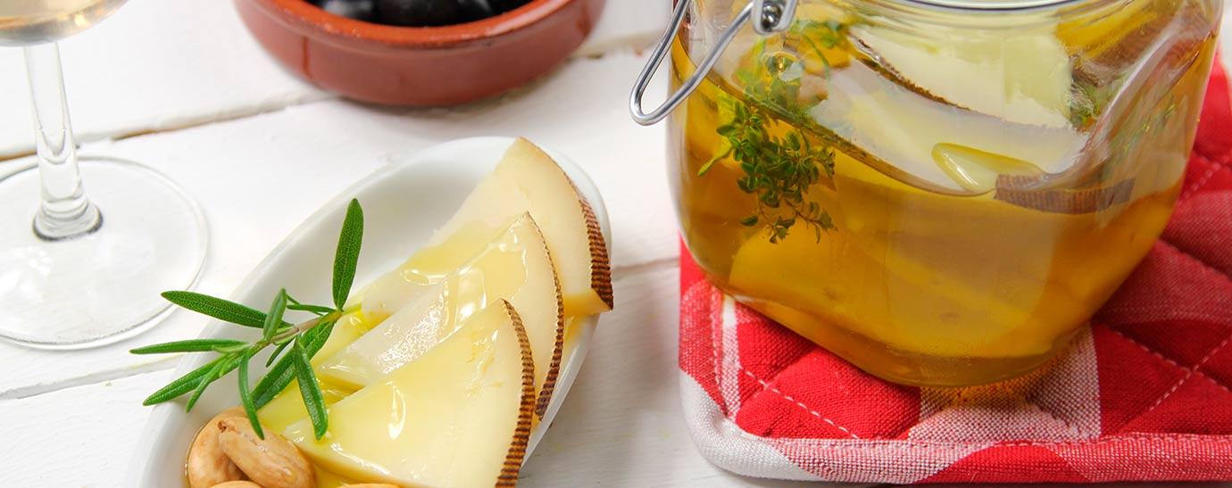 queso manchego en aceite con romero